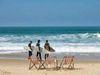 Santinho_surfers