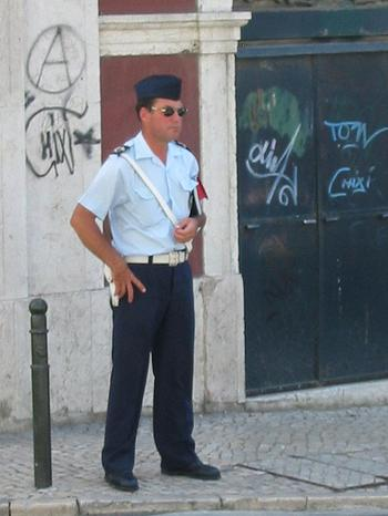 Chiado_policemen
