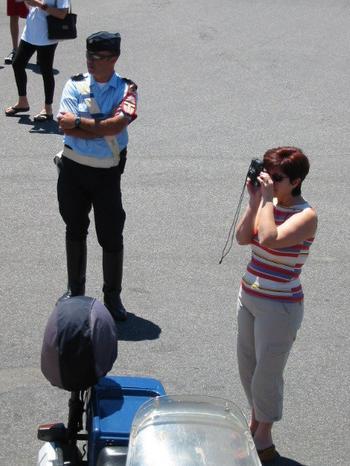 o policial e a turista