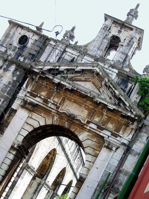 Lisboa_16_arco_rua_das_amoreiras